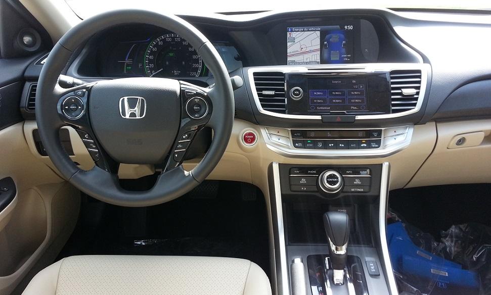 honda-accord-hybrid-2014-int_20140722